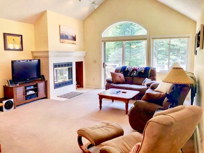 Photo for Lovely Fairway Village Condo with Great Mountain Views, just an 10 minute walk from Omni Mount Washington Hotel! Free resort shuttle. Perfect home base for hiking, golfing, waterfalls, and much more!