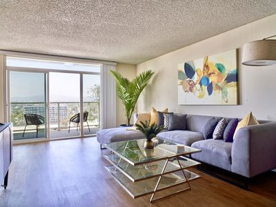 Photo for 5 ★ Penthouse Oasis With Panoramic Ocean Views★ MDR 10 min walk to Venice Beach