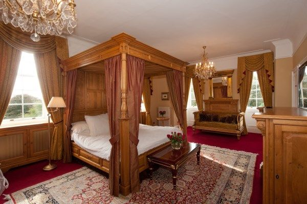 Escape to the House of Turin, Luxury 5* Man... - VRBO