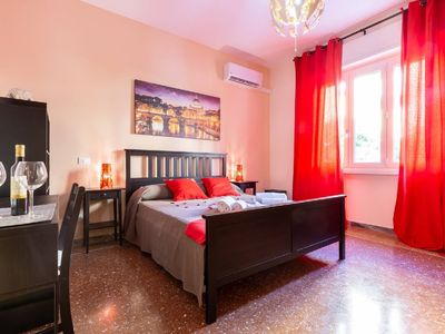 Photo for Traveller's Home in Gourmet District Near Center!
