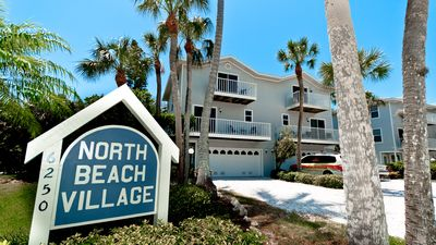 Photo for North Beach Village - Spacious 3/2.5 town home with community heated pool