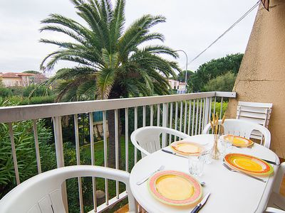 Photo for Apartment Les Hesperides in Cavalaire - 4 persons, 1 bedrooms
