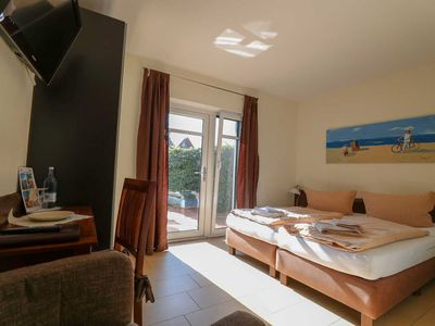Photo for Double room with terrace Wheelchair access - Usedom Bike-Hotel & Suites *** 80 m to the Baltic Sea beach