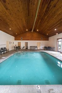 Photo for NEWLY UPDATED, Indoor/Outdoor Pool, Mini Golf, Gated Community, Arcade, Hot Tub