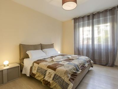 Photo for Delicious Three-bedroom apartment in residential neighborhood, Savosa - GIRASOLE