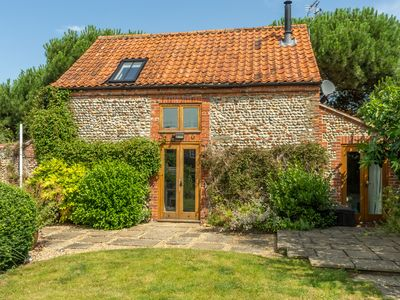 Photo for A deliciously bijou detached barn conversion set in a quiet and pretty village.