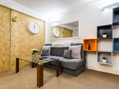 Photo for Trendy 2 Bed moments from Liverpool St - sleeps 6