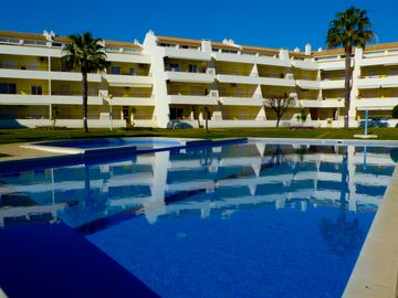 Apartment in Vilamoura 900m from Falesia Beach / Marina with pool