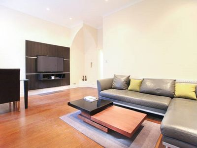 Photo for Comfortable Flat in West Kensington Perfect for Business or Leisure