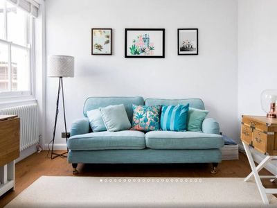 Photo for * Once in Blue Moon - Superb Fitzrovia 2 bedroom*