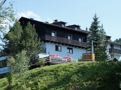 Photo for Very large unique holiday house in Carinthia with sauna and hottub