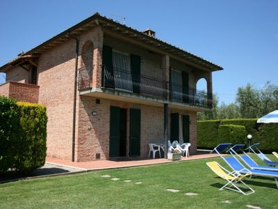 Photo for Beautiful private villa with WIFI, private pool, A/C, TV, terrace, parking, close to Montepulciano