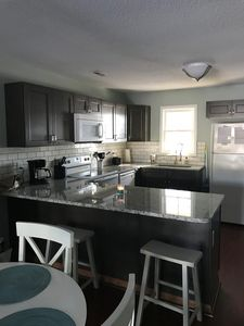 Photo for Updated Townhouse 10 mins to Emerald Isle