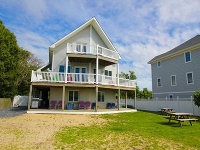 Photo for Beach Front. Panoramic Water Views. 5 Bedrooms, Sleeps 12. Fifteen Minutes to Cape May.