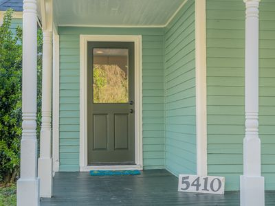 Photo for Newly Renovated 1920s Bungalow for any Chattanooga Adventure