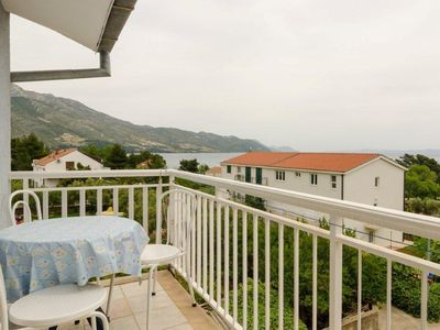Photo for Two bedroom apartment with balcony and sea view Orebić, Pelješac (A-643-c)
