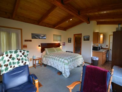 Photo for Osprey Point Rest. 5 miles from Gardiner, Yellowstone River and wildlife views!