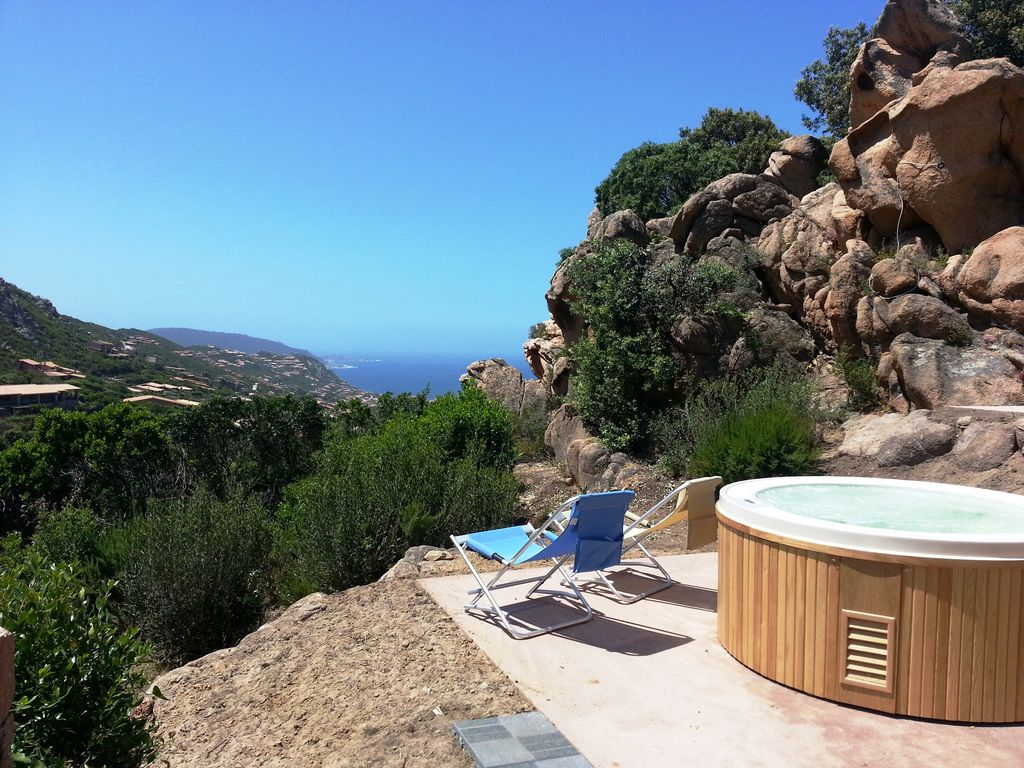 Le Rocce: Villa with hot tube in the rocks: wild Sardinia you ...