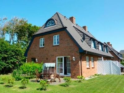 Photo for Holiday home for 5 guests with 90m² in Oldsum (22933)