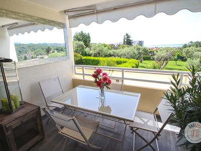 Photo for Apartment with seaview in holiday residence with swimming pool and tennis