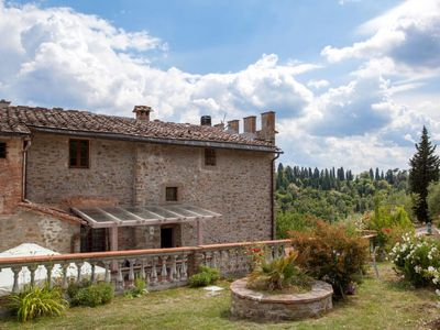 Photo for Apartment Villa Fabbroni (SPC161) in San Polo in Chianti - 6 persons, 3 bedrooms