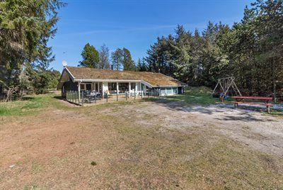 Photo for 5 bedroom accommodation in Saltum