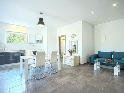 Photo for *Amazing modern apartment with 2 bedrooms*