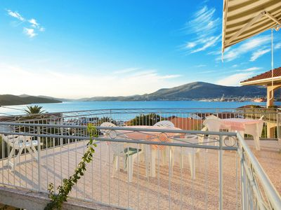 Photo for OKRUG - spacious apartment for 8 persons, 190m from a beach