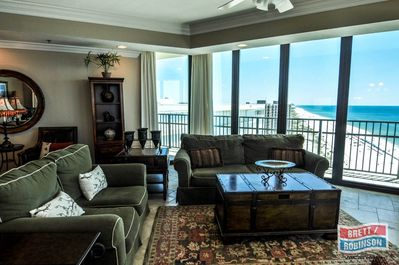 Phoenix IX Condo 1508 Orange Beach living area (2).jpg