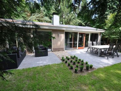 Photo for Vianenweg 125 nature vacation in villa with wooded area