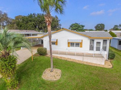 Photo for Enjoy the Villages life style in this easy care, two bedroom two full bath home.