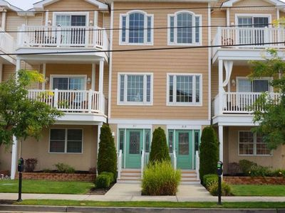 Photo for Beach Block 3 Bedroom Condo, , 3 Bedrooms, 2 Bathrooms, Sleeps 8