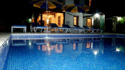 Photo for Luxury 3 bedroom self catering holiday villa with private swimming pool.