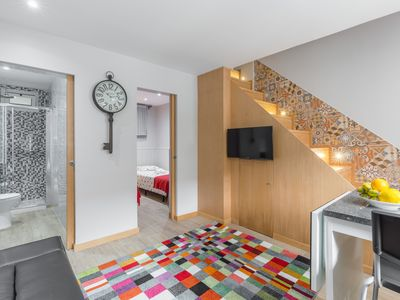Photo for Charming Duplex House w / Balcony | Campaign