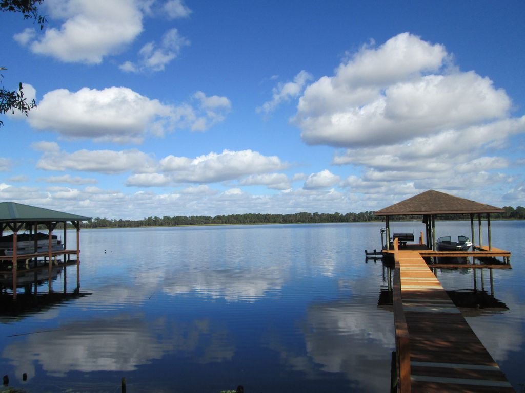 Lakefront Home On Beautiful Lake Josephine Sebring