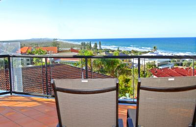 Photo for Unit 8, Bronte of Coolum, 8 - 12 Coolum Terrace Coolum Beach, 500 Bond, LINEN INCLUDED, WIFI