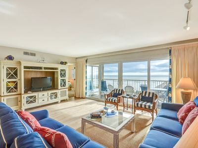 5th Floor 3 Bed/2 Bath Oceanfront condo sleeps 6. W/D, pool, tennis, community grills and private fishing pier!