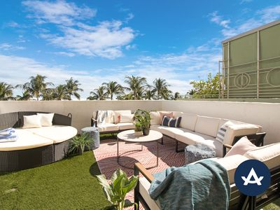 Photo for Sextant's Ocean Drive Penthouse w/ private roof top, steps to beach