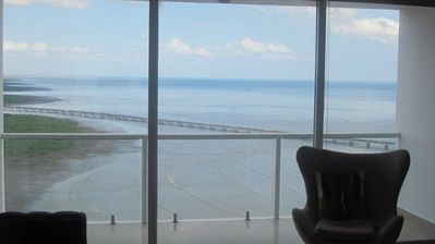 Beautiful Oceanview from living room