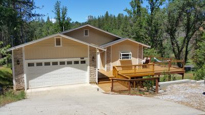 Photo for Quiet retreat near Yosemite and Pine Mountain lake located in a gated community