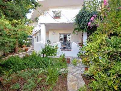Photo for Villa Viola 8 seats with garden and parking 50 meters from the sea
