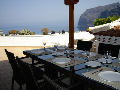 Alfresco 8 Seat Shaded External Dining Area with Sensational Sea Views