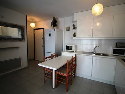 Photo for ROC MAR 6 1B APARTMENT IN ROSES IN FRONT OF THE PORT SEA VIEWS