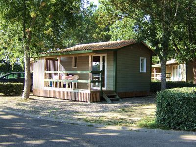 Photo for Camping les Rives du lac **** - Chalet Leisure Comfort Lavender 3 Rooms 4/5 Persons