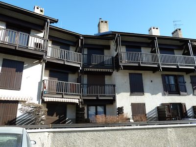 Photo for Wide triplex 100 m² facing the peaks of Serre-Chevalier (Monétier)