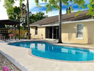 Photo for 3 bed 2 bath heated pool, sleeps 8 ,Beaches, IMG, Museums