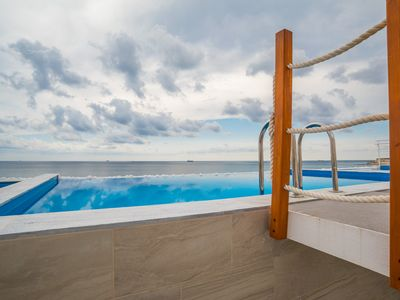 Photo for Stylish Sky villa with private pool and unobstructed sea view - The Waterfront