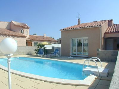 Photo for 4 bedroom Villa with private pool 5 mins drive from the beach