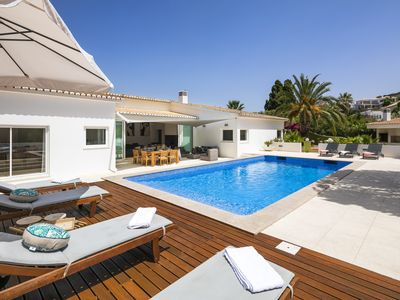 Photo for Amazing Villa on the second line of the sea houses with private pool.