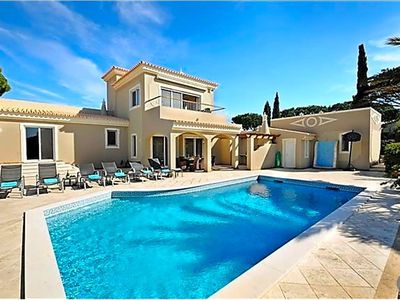 Photo for 4BR Villa Vacation Rental in Faro